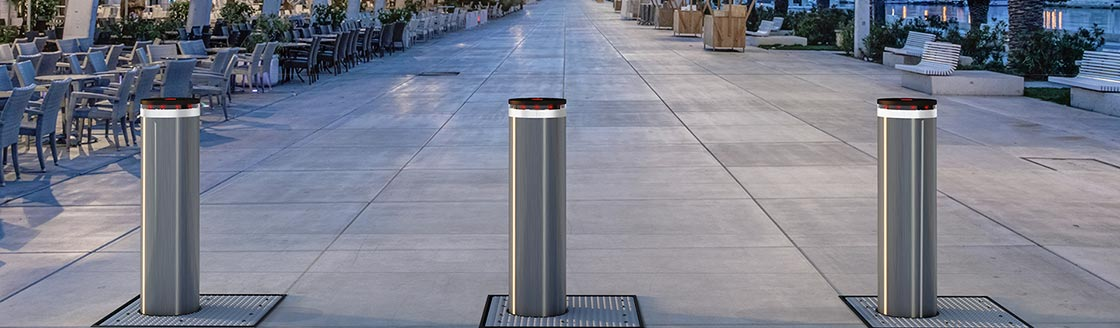 F12 HI Lungomare 3134 web - Traffic Bollards - Vehicle Access Control System